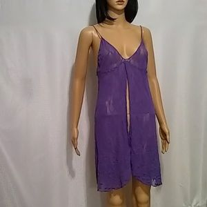 Leg avenue purple stretch lace open front chemise